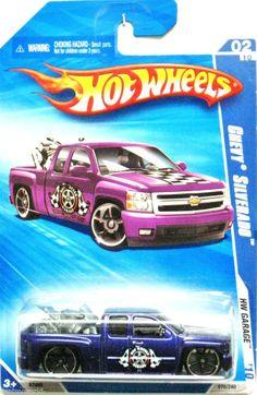 2007 Chevy Silverado 2010 Hot Wheels Garage #02/10 Violet w/ Motorcycle In Rear #HotWheels #Chevrolet