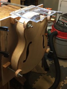 Building Jan Knutson's new seven-string Benedetto-style Archtop guitar.