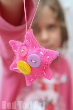 Button Star Ornaments - Sewing with Kids, a great start sewing project and makes a lovely little gift too!
