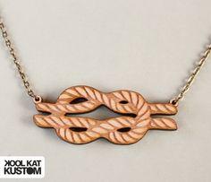 Wooden Sailor Knot Necklace by #koolkatkustom ! Maritime Halskette mit besonderer Optik durch die Gravur in Holz!