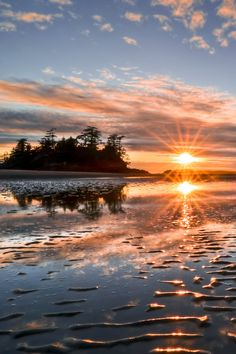 Sunset at Chesterman Beach near Tofino, British Columbia, Canada (by Marko Stavric)