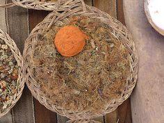 TERRA: vem do musgo que nasce em pedras, eles chamam de 'barba de las piedras'.