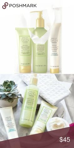 Satin hands pampering set Time to pamper your hands!  White tea & citrus scented  Keep your hands Satin soft with this fabulous set! 1.Exfoliate 2. Protect & nourish!  Comes with a step by step guide to ensure you make the best of your set! Makeup