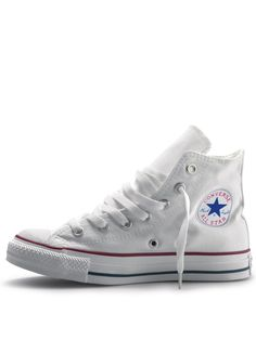 White Converse - Christmas is comin up (hint hint!) never owned white converse but they are so cute!!!!