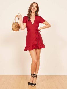 Never met a wrap dress we didn't like. This is a mini length, wrap dress with a center back keyhole and ruffle edged hem. Casual Cocktail Dress, Wrap Dress, Dress Up, Short Dresses, Summer Dresses, Mode Inspiration, Satin Dresses, Beautiful Gowns, Dress To Impress