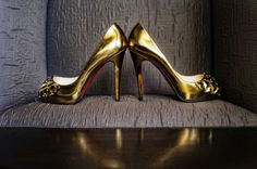 #gold Photography by   View Full Gallery: http://www.stylemepretty.com/gallery/gallery//