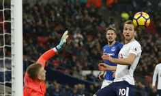 Keputusan EPL   LONDON: Berikut keputusan bola sepak Liga Perdana Inggeris sebentar tadi. - AFP  Tottenham Hotspur 4 (Heung Min 26 Kane 47 59 Eriksen 81) Everton 0  Chelsea 0 Leicester City 0  Crystal Palace 1 (Sako 21) Burnley 0  Huddersfield Town 1 (Lolley 40) West Ham United 4 (Noble 25 Arnautovic 46 Lanzini 56 61)  Newcastle United 1 (Joselu 68) Swansea 1 (Ayew 60)  Tottenham Hotspur 4 (Son 26 Kane 47 59 Eriksen 81) Everton 0  Watford 2 (Gray 58 Doucoure 90) Southampton 2 (Ward-Prowse 20…