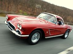 100,000 Miles of a Hellraising in a Lightly Modified 1962 Chevrolet Corvette