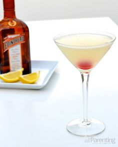 Classic gin cocktail: White Lady cocktail