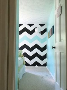 How_to_paint_chevron_stripes_ turquoise_black_white_wall_bedroom