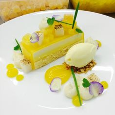 Anneke Verhagen - Pineapple and coconut bar
