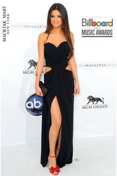 Selena Gomez Sweetheart Pleated Backless Criss Cross Front Slit Sexy Celebrity Dresses/Open Back Sexy Long Dress_Ball Gowns_Weddings & Formal Events_Hit Fashion Selena Gomez Fashion, Selena Gomez Style, Vestido Selena Gomez, Split Prom Dresses, Strapless Dress Formal, Dress Prom, Selena Gomez Red Carpet, Beautiful Dresses, Nice Dresses