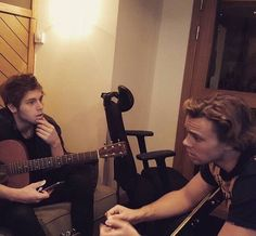 You'll never see a more serious photo of me and @Luke5SOS