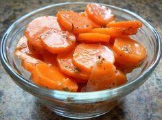Вот такая морковь маринованная получается из самых простых продуктов.