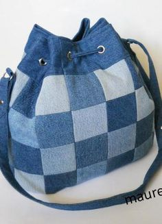 Upcycled jeans patchwork bag- excellent detail Джинсова сумка-торба.3