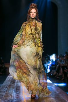 The latest couture collection. JPG