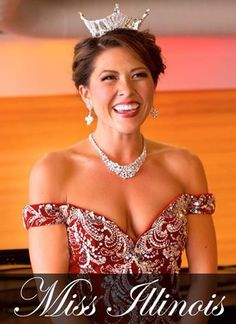 Miss Illinois 2014 wearing Park Lane's breath-taking necklace and earrings!