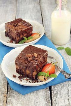 Chocolate cake with ganache cream