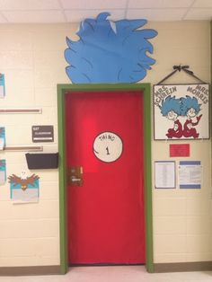 The Controlled Chaos Classroom!: Dr Seuss