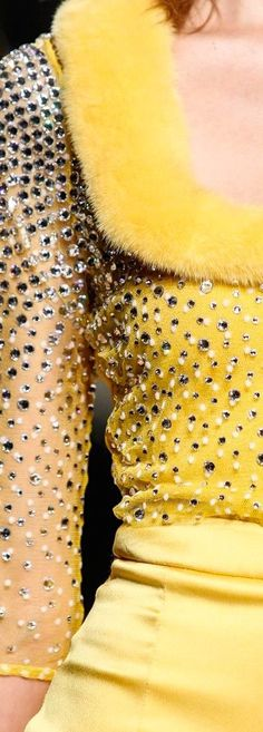 Yellow Sun, Shades Of Yellow, Lemon Yellow, Mellow Yellow, Black N Yellow, Golden Yellow, Yellow Fashion, Colorful Fashion, Couture Details