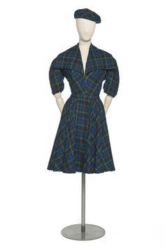 Sandstone  , fashion house   Paris   1942-1944 (circa)  Suzanne Berthelier  , milliner