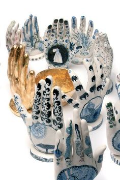 Vipoo Srivilasa, Fortune Teller Collection (detail), cool ice porcelain fired to hand formed and painted with cobalt pigment, ceramic colour pigment, approximately high. Photograph by Terence Bogue. Thai born Australian artist based in Melbourne. Sculptures Céramiques, Sculpture Art, Ceramic Clay, Ceramic Pottery, Mains Couple, Illustration Main, Hand Kunst, Instalation Art, Hand Art
