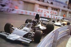 Jackie Oliver, UOP Shadow-Ford DN1, followed by Ronnie Peterson, JPS Lotus-Ford 72E, 1973 Monaco Grand Prix