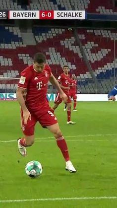Soccer Footwork Drills, Soccer Training Drills, Football Tricks, Goals Football, Messi Soccer, Soccer Guys, Football Players Images, Soccer Players, Bayern Munich Wallpapers