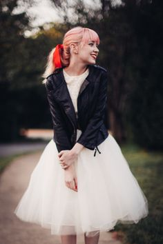 Rebecca of The Clothes Horse in Kellie Falconer Tulle