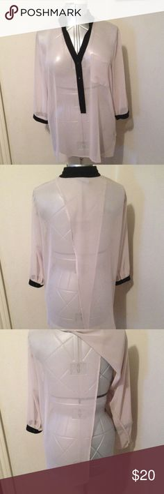 """Simply Vera Split Back Blouse Sheer loose fit blouse, split in back. I believe it originally came with a cami, not included here. Content tags have been cut. Length shoulder to hem 27"""", bust 48"""". Beige/black trim Simply Vera Vera Wang Tops Blouses"""