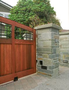 Automated Gate Service & Repair in Seattle & Tacoma, WA