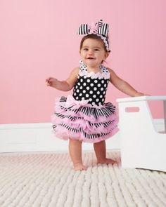 love love love this dress for the girls- birthday party dress/tutu?