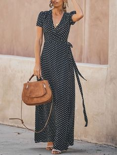 Women's Sexy Fashion Dresses Online Shoppifcang at Voguelily Polka Dot Maxi Dresses, Cheap Maxi Dresses, Casual Dresses, Dresses Dresses, Formal Outfits, Smocked Dresses, Work Dresses, Sweater Dresses, Maxi Skirts