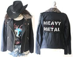 Great Quality !Stylish 2 Way Moto Jacket/Vest with the customized LOGO patch.Julia will paint your favorite words in the patch.The patch is removable!Sleeves are also removable. You can wear as a vest.Choose either Leppard or Checker pattern for the collar.(see the picture)Zipped pockets on front.Super soft material Chain is NOT included For Size & Order Instruction, See below;