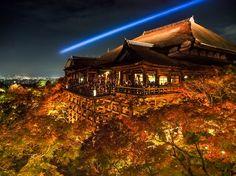 Kiyomizudera Temple, Kyoto, Japan 清水寺 京都 紅葉 ライトアップ