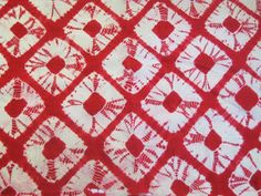 SPIDERWEB SHIBORI - Bold shibori squares in white and yellow with red make quite a statement. This sort of repeating geometric shibori is often seen in linings and juban, or under-kimono. Shibori Fabric, Shibori Tie Dye, Shibori Techniques, Textiles Techniques, Textile Dyeing, Japanese Textiles, How To Dye Fabric, Printing On Fabric, Indigo