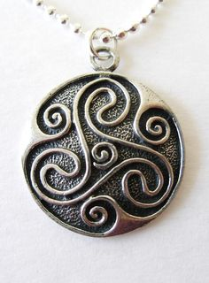 Personalized engraved gifts - custom made jewelry, gift ideas Celtic Spiral, Celtic Tree, Celtic Knot, Celtic Patterns, Celtic Designs, Geeks, Wicca, Witch Tattoo, Celtic Necklace