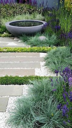 Fantastic Little Garden Design Ideas 23 - . Fantastic Little Garden Design Ideas 23 - . Back Gardens, Small Gardens, Outdoor Gardens, Courtyard Gardens, Diy Jardin, Garden Paving, Design Jardin, Coastal Gardens, Front Yard Landscaping