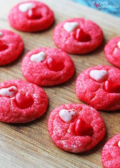 A Valentine's Day cookie recipe made with a boxed cake mix and heart jelly beans. Courtesy of MichaelsMakers Positively Splendid
