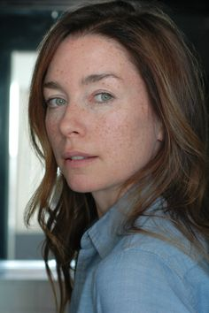 Julianne Nicholson has joined the cast of I,Tonya, the biopic starring Margot Robbie as disgraced figure skater Tonya Harding. Tonya Harding, Redheads Freckles, Freckle Face, Beautiful Redhead, Margot Robbie, Actors & Actresses, Hair Makeup, Horror House, Celebs
