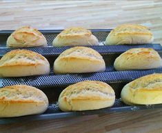 Schnelle Sonntagsbrötchen wie vom Bäcker. Bei diesem Thermomix ® Rezept von luki79 auf www.rezeptwelt.de muss der Teig nur rund 20 Minuten gehen.