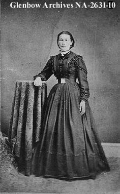Mrs. Louis Lepine, Metis.  [ca. 1880s]