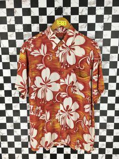 d9477157 HAWAIIAN Shirt Men Medium Vintage Tiki Honolulu Aloha Shirt Hawaii Surf  Beach Hibiscus Flower Floral Party