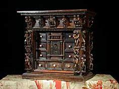 Detailabbildung: Renaissance Kabinett-Schränkchen