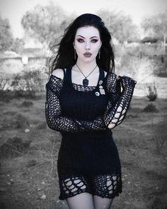 4f462eedb19ef Die 11 besten Bilder auf Gothic Kleid in 2017 | Gothic clothing ...