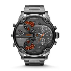 Mr Daddy 2.0 Featuring gunmetal plating from head to toe and vibrant orange dial accents, this Mr. Daddy 2.0 rendition delivers brazen attitude and style.