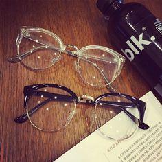 Fashion Eye Glasses, Cat Eye Glasses, Specs Frames Women, Glasses Frames Trendy, Glasses Trends, Lunette Style, Round Lens Sunglasses, Optical Eyewear, Men's Eyewear