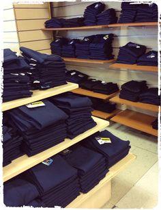 Tenemos stock de #Uniformes de venta todo el año en 2do.Semi Piso de Tienda La Gloria #PowerSchoolcr