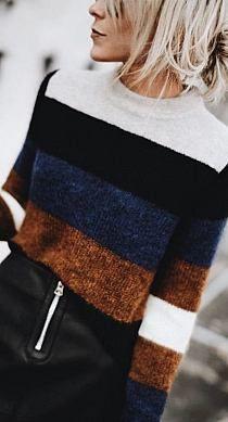 18 Trendy knitting machine ideas style Source by Varjiadwa Fashion winter dresses Knit Fashion, Trendy Fashion, Winter Dresses, Knitting Patterns Free, Sweater Weather, Pulls, Knit Dress, Knitwear, Knit Crochet