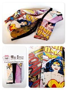 WOD Style Retro Wonder Woman Wrist Wraps